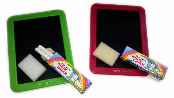Schultafel mit kreide und schwamm  Tafel mit Kreide und Schwamm - Kinderparty-Onlineshop.de