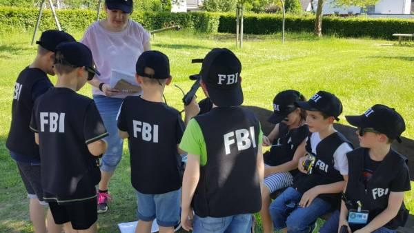 Party verleihkiste fbi kindergeburstag kindergeburtstag spiele